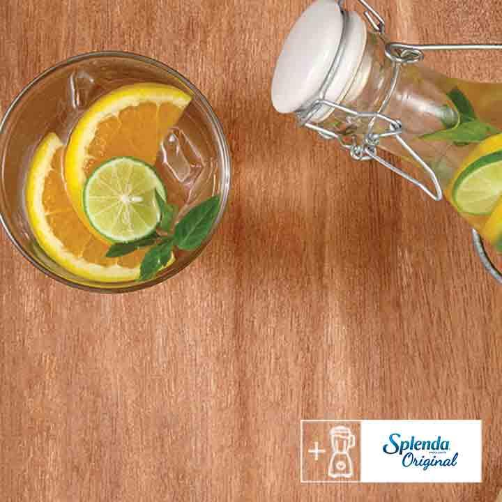 Agua de frutas cítricas
